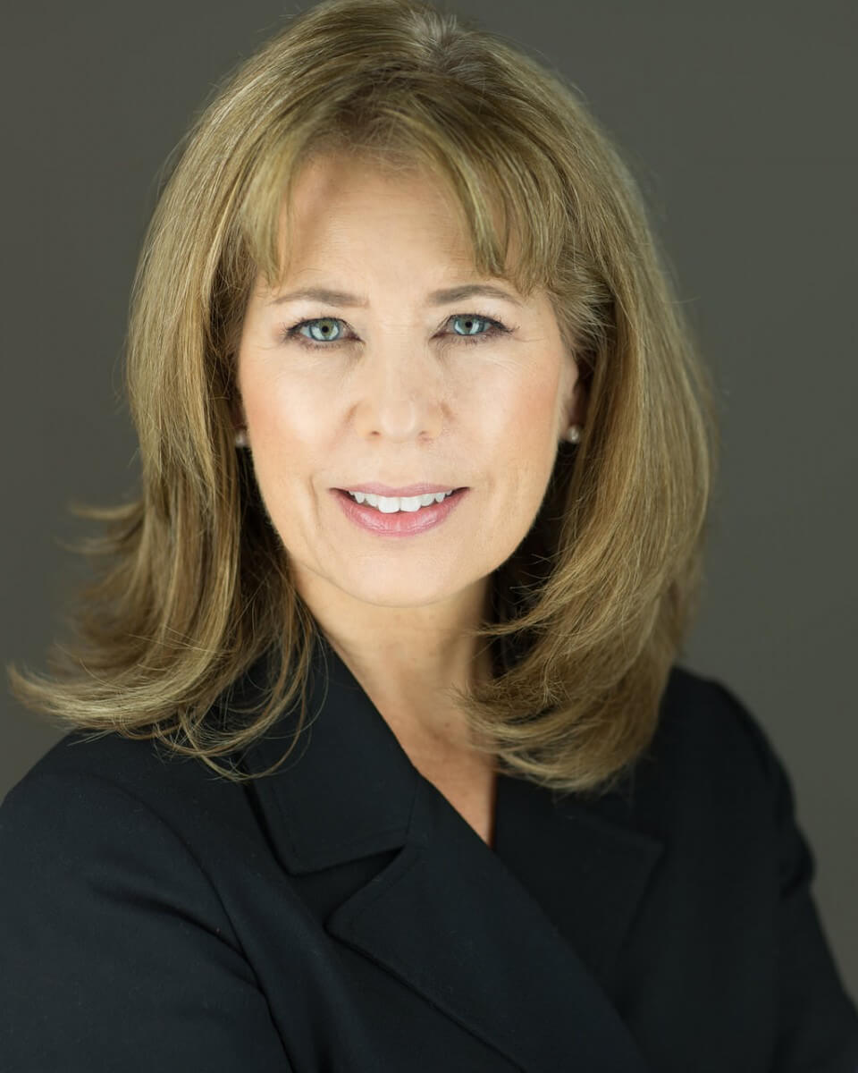 Headshot Photography for Albuquerque Realtor Debbie Dupes