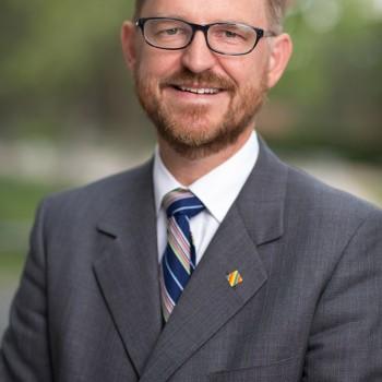 Robert Dzur Corporate Headshot in Albuquerque